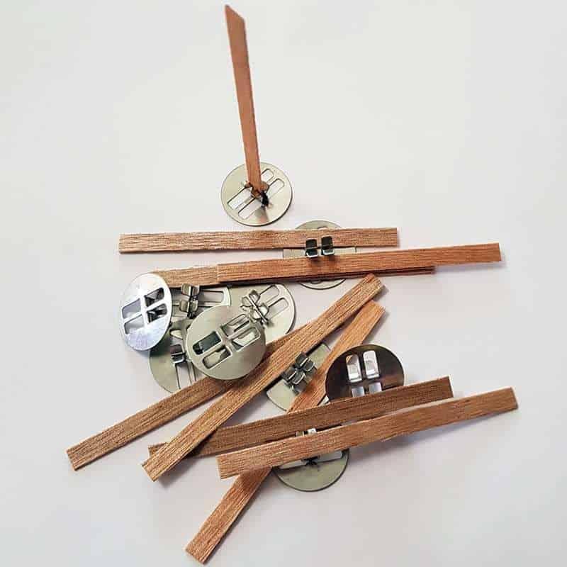 10 mèches renforcées en bois avec socles - T 1 (ø 4 à 5 cm)